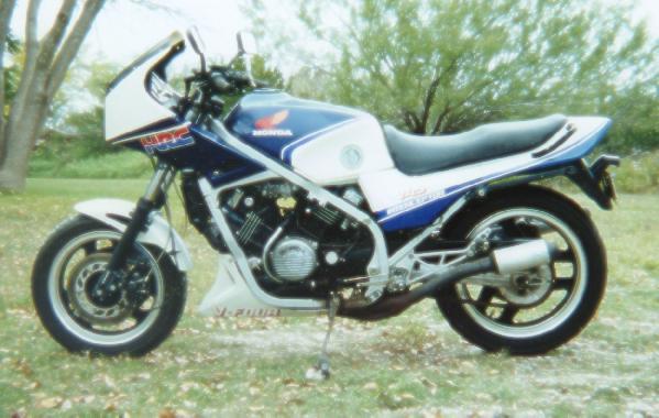 055-83HON.JPG