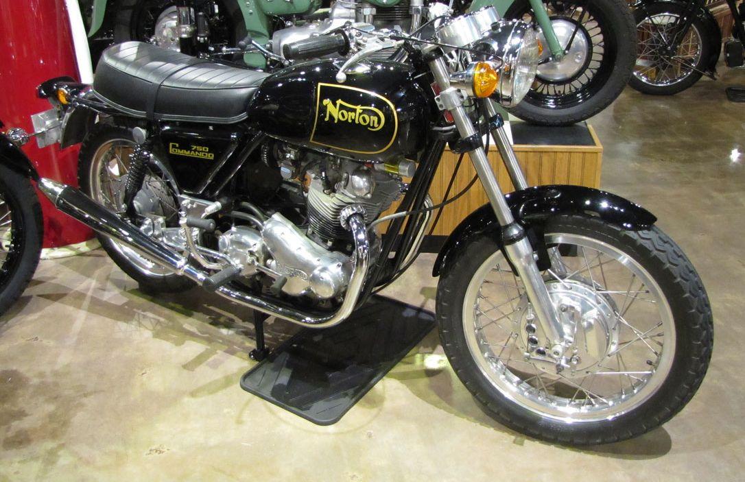 1971-norton-commando-roadster_1.jpg amamosazzz.jpg