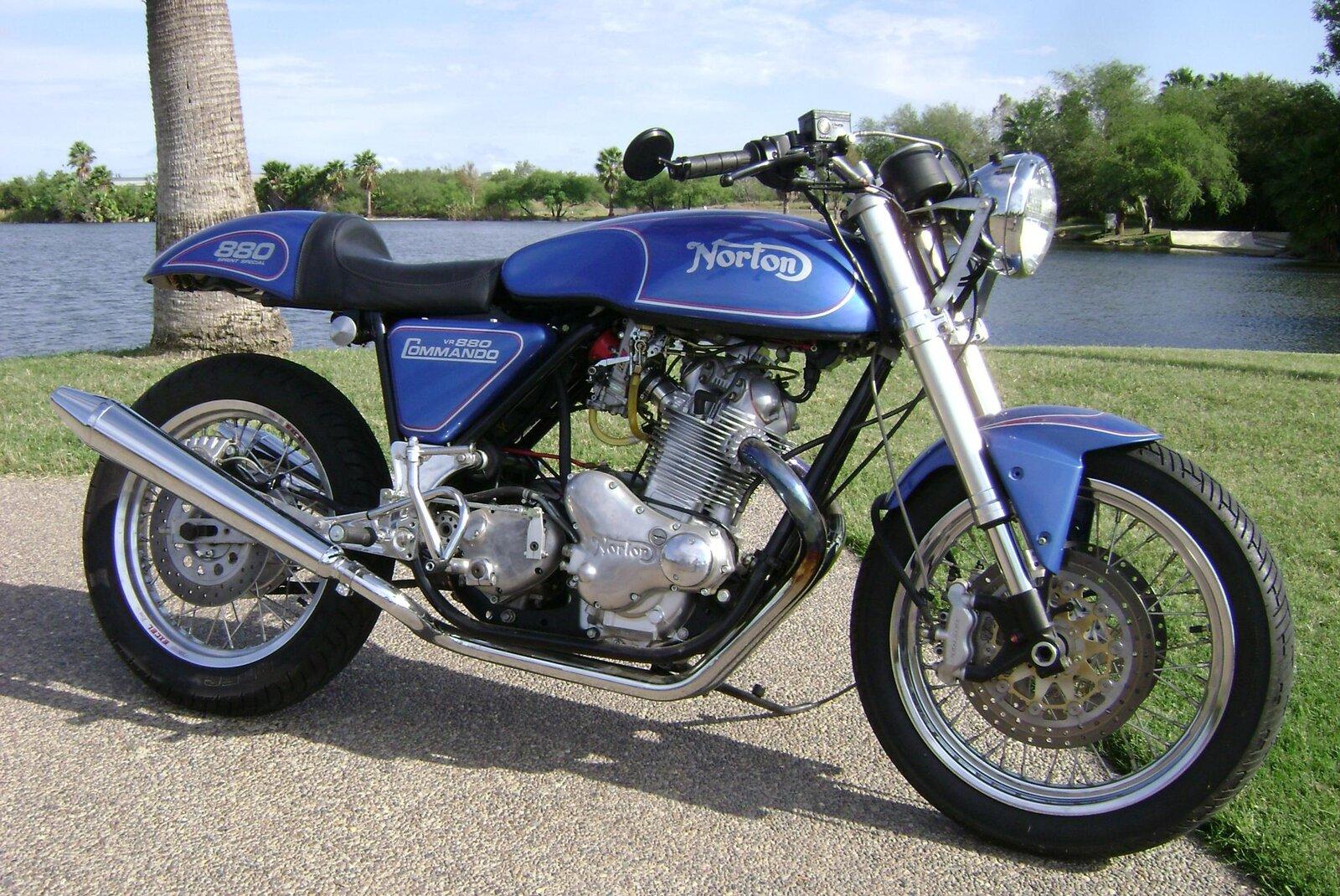 850 Norton Monoshock.jpg