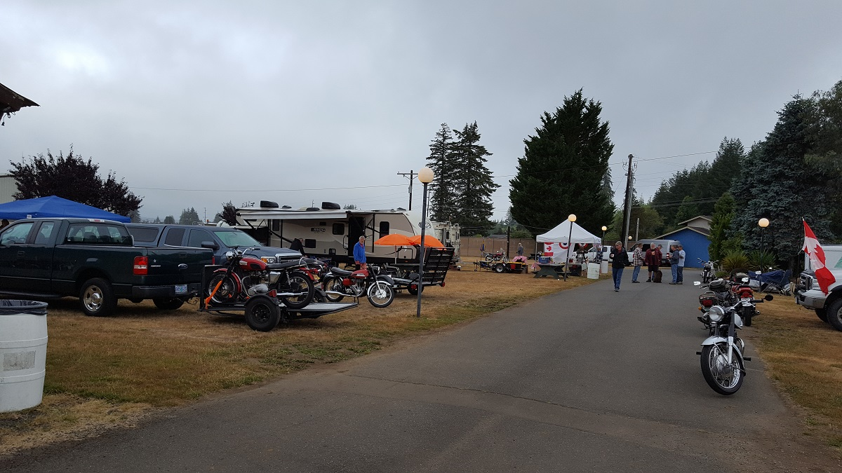 Down the Road to the Cofee Tent 1200.jpg