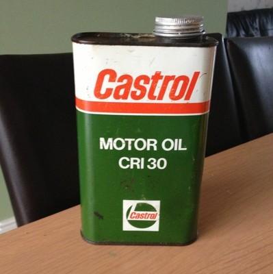 vintage-empty-castrol-motor-oil-cri30.jpg
